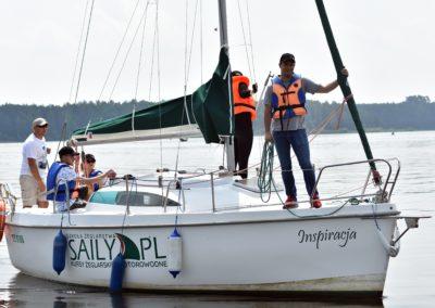 Kurs żeglarski zalew Sulejowski-praca na silniku