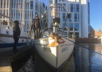 Szkoła żeglarstwa-jachtowy sternik morski-manewry portowe cd.