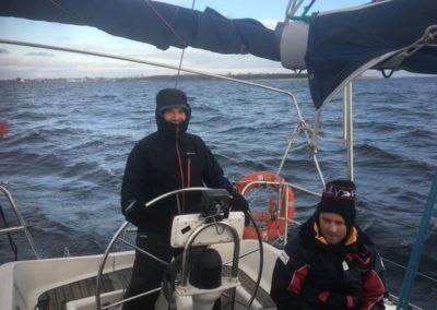 Szkoła żeglarstwa-jachtowy sternik morski-zwroty