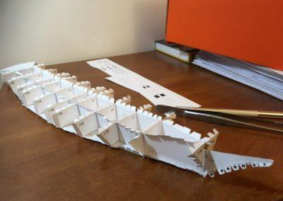 Szkoła żeglarstwa-model Pogorii-klejenie szkieletu8