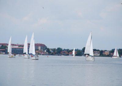Szkoła żeglarstwa-rejs po Mazurach-hotel Gołębiewski