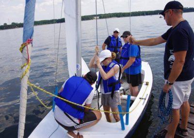 Szkoła żeglastwa-szkolenie żeglarskie-klar do wyjścia