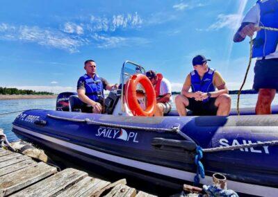 Szkoła żeglarstwa i sportów motorowodnych Szkolenie motorowodne1 — kopia