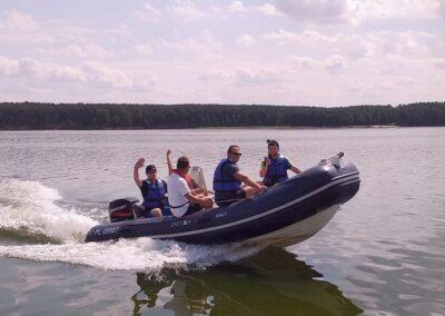 Szkoła żeglarstwa i sportów motorowodnych Szkolenie motorowodne6