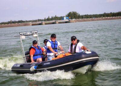 Szkoła żeglarstwa i sportów motorowodnych Szkolenie motorowodne7