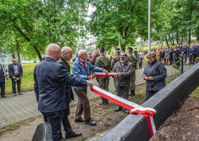 Szkoła Żeglarstwa Saily.pl - odsłonięcie memoriału (5)